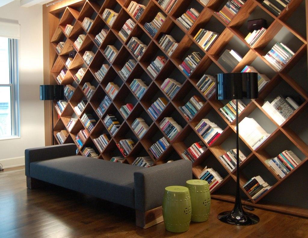 Дизайн книжных полок и шкафов своими руками